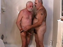 2 mature men getting off