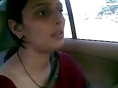 desi aunty tearing up with her bf in truck bj fun