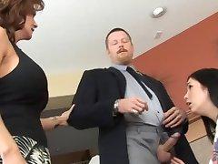 El esposo y la Esposa Disciplina Niñera