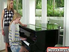 Damn, I wish my piano teacher was this bad to
