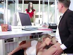 Алленс-sekretarz duszny Gigi biuro kurwa