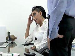 Fumar en la oficina de babe