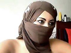 Arabiske Kvinne Oppdatere Kameraet