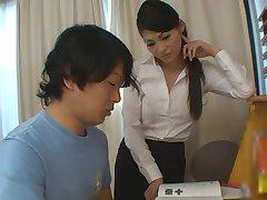tyttö saa enemmän kuin auttaa hänen tutkimukset kuuma opettaja babe