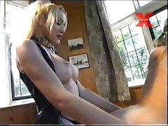 Teresa Scott Unleashed - Correa-en la Puta Rubia Esclavo