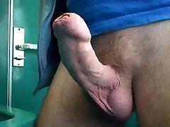 masturbarse en tren de aseo, parte 1