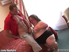 WhiteGhetto Gidget the Midget Gets Boned in a Hotel Room
