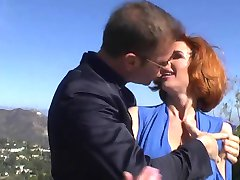 A lot off squirts when fuck wtih bitch