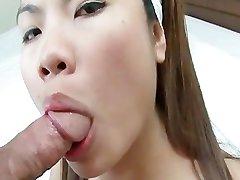 Mai Chong loving the Dong