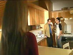 vizio di famiglia scena 1 jk1690