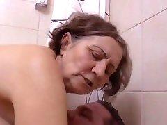 Une belle verrassing au salle de bain door Clessemperor
