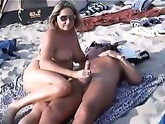 नग्न समुद्र तट कतरा - 2632813