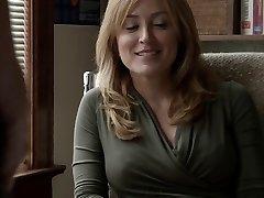 Sasha Alexander Shameless S05E09 Huuli menee alas Helene