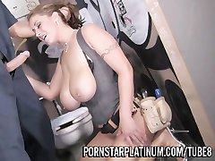 Eva Notty Bir Tuvalette Siktim