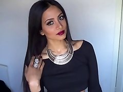 Valentine's Day Sexy Glam Makeup & Outfit