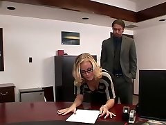 Nicole fucks in office