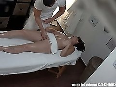 Huge-boobed MILF Gets Pulverized during Massage