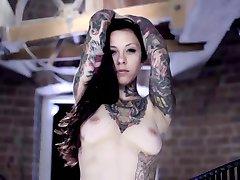 Seksi Tetovirane Djevojke