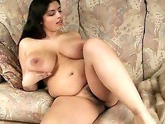 Gorgeous Big Tit BBW Cougar