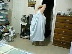 Des bribes de moi à clignoter dans la salle de bain & chambre à coucher.