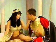 Arab Queen Pummeled By A Roman General