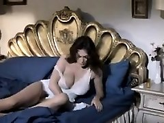 Horny Mature Woman Wanting Some Dick