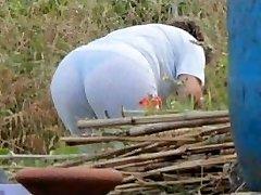 Spying Mummy Butt - Chubby Plumper Granny - Mature Ass Butt