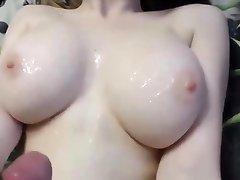 Huge Tits on Youthfull Girlfriend