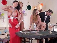 Mummies playing card game