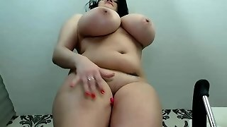 Luxury Curvy Waits For Your Pecker