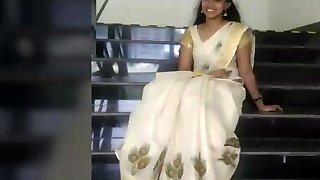 Akshaya kerala girl nude boobs n cunny show