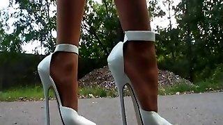 उच्च ऊँची एड़ी के जूते