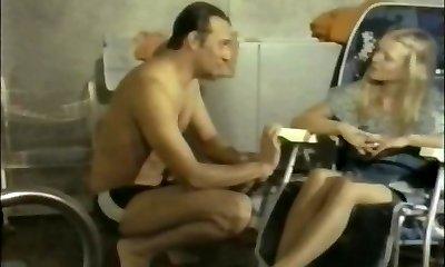 Massagesalon Elvira (1976)
