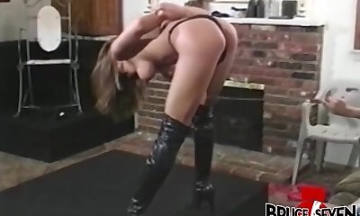 Stunning Francesca Le playing femdom game with two lezzies