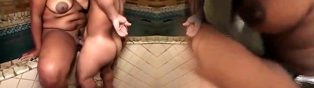 Extraordinaire homemade BBW, Big Nipples adult clip