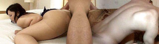 Buxom Asian hottie Hinata Komine is culo fucked doggy style