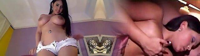SUPER SEXY STRIPTEASE IN WEB Web Cam