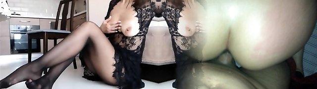 Squirting Pantyhose Mom Milf - CamGoogle,com