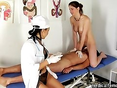 Medical face-sitting and pegging for sperm donation