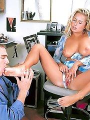 Blonde Viki giving one hot footjob