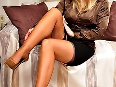 Fully Fashioned Stockings