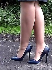 Jess wants you to fulfil your fetish for her as you look at her lovely legs and 5 inch heels