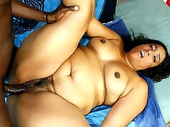 Phat assed black mature babe riding dick like a pro