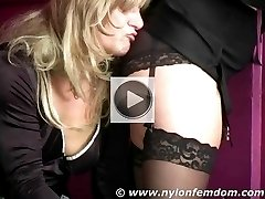 Mistress in nylons and panties makes her slave worship her ass through her panties