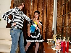 Young maid knows how to please a horny mature gal tonguing her ripe beaver