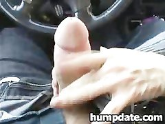 Lucky guy gets nice handjob in his car