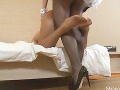 Straponcum French Maid