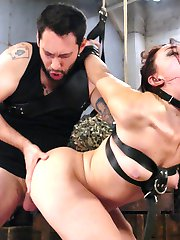 Mandy Muse can run but there is a price on her head, and her ass. Anal Bounty Hunder Tommy...