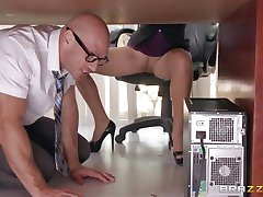 Boss Lela Starr gets hold of her colleague's big dick