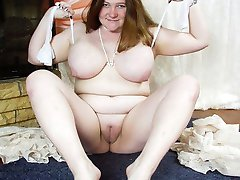 British fat babe spreads her legs